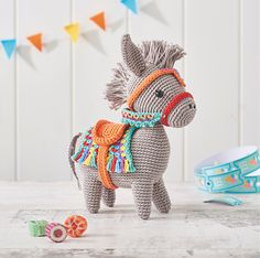 As we all know, a donkey is a very stubborn animal. But not Pedro! Pedro is beautiful, colorful and is a great toy for your child or grandchild. See for yourself this great crochet pattern.