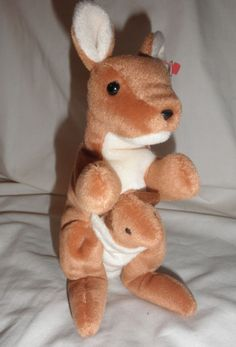 75653e21db1 Original TY Beanie Babies Pouch the Kangaroo with tags Retired