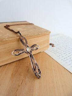 cross_necklace_by_ursulaot-d9ywski.jpg 1,920×2,560 pixels