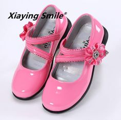 cfd99bc6 SLYXSH Summer Girls Sandals Fashion Children Princess Dress Shoes PU  Leather Maiden Kids Flat Shoes for Banquet/Wedding/Party. Madre y niños