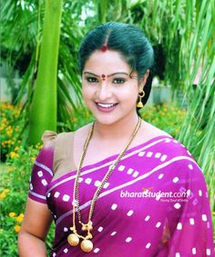 Raasi is an Indian actress mostly active in Telugu films, as well as a Film Actress. Who is working in Hindi, Telugu, Malayalam, Kannada and Tamil film industry. Bollywood Actress Hot Photos, Indian Actress Hot Pics, Most Beautiful Indian Actress, South Indian Actress, Actress Photos, Beautiful Actresses, Indian Actresses, Hot Actresses, Beauty Full Girl