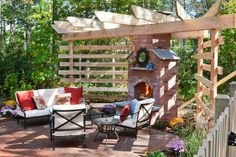 Whether your dream backyard is designed for entertaining a crowd or just relaxing with a good book, our landscaping and remodeling pros pull out all the stops to take these backyards from blah to breathtaking.