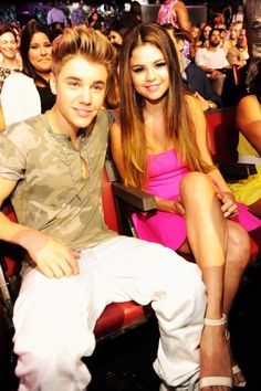 Selena Gomez and Justin Bieber at event of Teen Choice Awards 2012