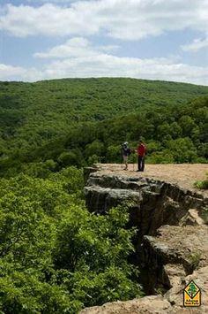 Devil's Den State Park, cabins and horseback riding trails near Fayetteville, AR - Arkansas State Parks