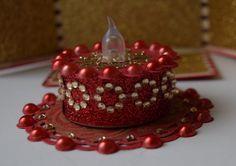 Tealight birthday cake Tea Cakes, Mini Cakes, Battery Operated Tea Lights, Light Cakes, Happy Birthday, Birthday Cake, Candle Craft, Paper Crafts, Diy Crafts