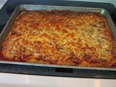 Growing up, we had homemade pizza almost every Friday night! The kids pizza was always extra pepperoni, extra cheese. The adults pizza was always Gf Recipes, Gluten Free Recipes, Real Food Recipes, Cooking Recipes, Recipies, Wheat Pizza Dough, Whole Wheat Pizza, Gluten Free Pizza, Gluten Free Cooking