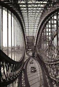 Museum der Arbeit, Hamburg und seine Brücken.