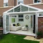 Guide to Conservatory Prices: How Much Does a Conservatory Cost? Conservatory Dining Room, Modern Conservatory, Conservatory Interiors Small, Conservatory Ideas Interior Decor, Conservatory Curtains, Orangery Conservatory, Orangerie Extension, Conservatory Extension, Outdoors