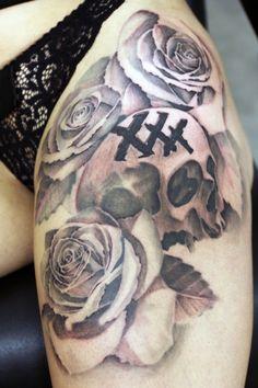 #DorianSB #DorianSBTattoo #Tattoo #Tatouage #Art #NoirEtBlanc #BlackAndWhite #Ink #Inked #Crane #TeteDeMort #Skull #SkullTattoo #Roses #StraightEdge #sXe #XXX #IDF #NeuillySurMarne #TattooShop #France #NoFilter