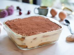 tiramisu délicieux, ultra gourmand et qui se tient ! : Recette de tiramisu délicieux, ultra gourmand et qui se tient ! - Marmiton Tiramisu Sans Biscuit, Biscuits, Deserts, Yummy Food, Fruit, Cooking, Ethnic Recipes, Amaretto, Cacao