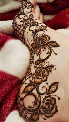 Pretty Henna Designs, Modern Henna Designs, Floral Henna Designs, Mehndi Designs Feet, Legs Mehndi Design, Mehndi Designs Book, Latest Bridal Mehndi Designs, Full Hand Mehndi Designs, Mehndi Designs 2018