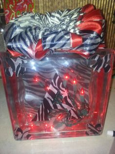 Lighted glass block with zebra and red