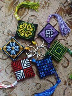 Palestinian Cross Stitch Letter Patterns, Cross Stitch Letters, Cross Stitch Heart, Cross Stitch Designs, Stitch Patterns, Cross Stitching, Cross Stitch Embroidery, Hand Embroidery, Embroidery Patterns