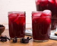 Savory Spice Shop Recipe - Hibiscus Tea (or Agua de Jamaica) Savory Spice Shop, Comidas Light, Jamaica Food, Weight Loss Herbs, Summertime Drinks, Hibiscus Tea, Lower Blood Pressure, Natural Herbs, Fun Drinks