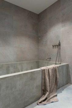 Baignoire en béton ciré  http://www.homelisty.com/beton-cire-salle-de-bain/
