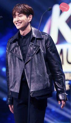 160329 SHINee Onew - KU Asia Music Awards in Guangzhou