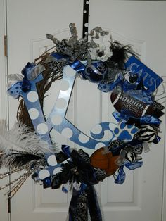 Kentucky wreath..so cute and easy to make..could spray paint the grape vine white!!