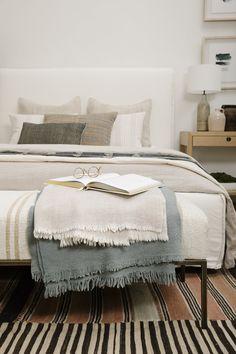 Beautiful neutral bedding in a classic design Home Decor Styles, Cheap Home Decor, Home Decor Accessories, Home Decor Items, Home Decor Bedroom, Modern Bedroom, Master Bedroom, Design Bedroom, Tranquil Bedroom