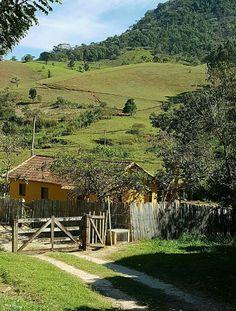 Área rural em Cordeiro RJ Brasil Foto Iara R