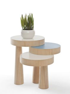 DIY Stack Side Table by Philipp Beisheim