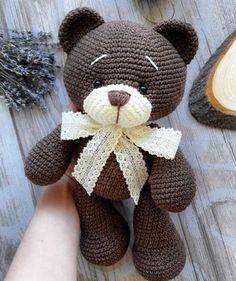 Crochet bear amigurumi - free crochet pattern for this adorable little bear. - HOBBY Crochet bear amigurumi – free crochet pattern for this adorable little bear. Crochet bear amigurumi – free crochet pattern for this adorable little bear. Crochet Crafts, Crochet Dolls, Crochet Projects, Diy Crochet, Crochet Ideas, Crocheted Toys, Crochet Bear Patterns, Crochet Animals, Crochet Teddy Bears
