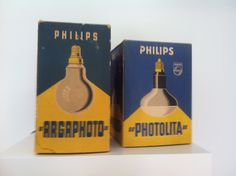 Philips light bulbs packaging