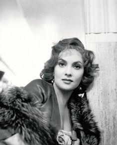 Gina Lollobrigida photographed by John Deakin, 1953.