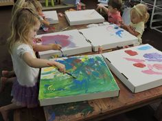 Recycled pizza boxes as canvas - Discovery Early Learning Center ≈≈
