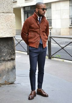 mens fall fashion that is cool 837559 Chinos Men Outfit, Men Shorts, Denim Casual, Winter Mode, Fall Winter, Outfit Man, Latest Clothes For Men, Style Masculin, Business Casual Men