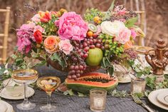 16 Ways to Mix Flowers and Edibles in Arrangements --> http://www.hgtvgardens.com/edible/16-ways-to-mix-edibles-and-flowers?soc=pinterest