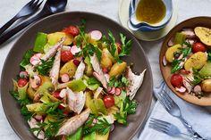 Warme salade met krieltjes, makreel, cherrytomaten en prei   Marley Spoon
