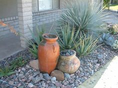 Hottest Pictures desert backyard oasis Popular : Transform your lawn landscape design right into a veritable retreat through your landscaping designer. Succulent Landscaping, Landscaping With Rocks, Front Yard Landscaping, Landscaping Ideas, Desert Backyard, Oasis Backyard, Modern Backyard, Sloped Backyard, Arizona Backyard Ideas