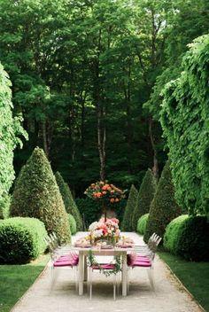 Dining al fresco Outdoor Rooms, Outdoor Dining, Outdoor Gardens, Outdoor Furniture Sets, Indoor Outdoor, Outdoor Decor, Dream Garden, Home And Garden, My Secret Garden