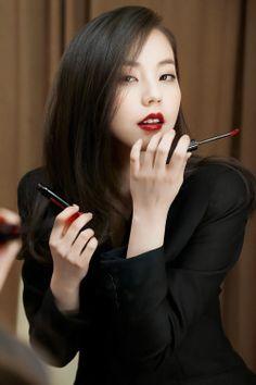 [CF] Ahn So Hee – Shu Uemura 1000x1658