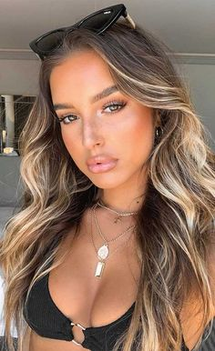 Best Spring and Summer Hair Color Ideas 1 - I Take You Summer Brown Hair, Hair Color For Brown Eyes, Brown Hair With Highlights, Hair Color Highlights, Light Brown Hair, Hair Color Balayage, Light Hair, Summer Hair Colour, Brown Eyes Brown Hair