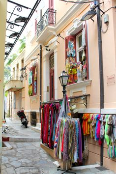 The main sites of Athens are all within walking distance. Here's how to spend one day in Athens including the Acropolis, Monastiraki markets and Plaka. Acropolis, One Day, Greece Travel, Greek Islands, Places Ive Been, Cities, Scarves, Traveling, Eyes