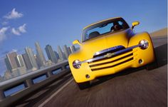 2005 Chevrolet SSR (Chevy) Page 1 Review - The Car Connection