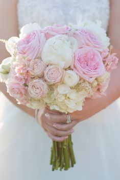 Traditional, Romantic Peony and Rose Bouquet | Paisley Floral Design | Mon Petit Studio https://www.theknot.com/marketplace/mon-petit-studio-newfields-nh-532515