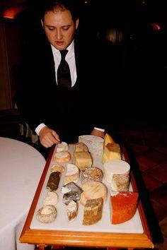 Alberto Redrado, cheese and wine maestro at L'Escaleta restaurant, Cocentaina (Alicante).  Photo by Gerry Dawes©2010. gerrydawes@aol.com.