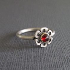 Beautiful ring by Silverworkshop @ etsy