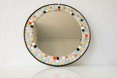 Ronde Spiegel Mozaiek - Round Mirror Round Mirrors, Vintage, Furniture, Home Decor, Decoration Home, Room Decor, Home Furniture, Interior Design, Home Interiors