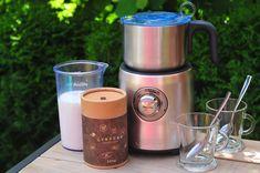 Horúca čokoláda povzbudí náladu - Páni v najlepších rokoch French Press, Ale, Coffee Maker, Kitchen Appliances, Coffee Maker Machine, Diy Kitchen Appliances, Beer, Coffeemaker, Home Appliances