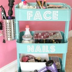 The 11 Best DIY Teen Girl Bedroom Ideas. The 11 Best DIY Teen Girl Bedroom Ideas. Vanities, flower letters, floating shelves, hairpin leg desk, and marquees - there's a DIY for that! Here are The 11 Best DIY Teen Girl Bedroom Ideas. Diy For Girls, Diy For Teens, Room Ideas For Teen Girls Diy, Home Organization Hacks, Organizing Life, Organizing Ideas, Organizing Clutter, Basket Organization, Organization Ideas For Bedrooms