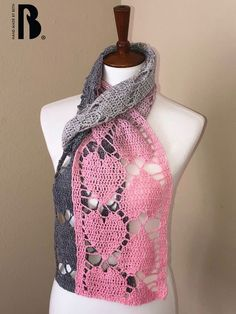 Ravelry: Falling Hearts pattern by Hand Made by Beth Crochet Scarf Easy, Crochet Shawl Free, Crochet Scarves, Crochet Stitches, Crochet Baby, Knit Crochet, Crochet Patterns, Heart Patterns, Double Crochet