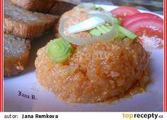 Tatarák z olomouckých tvarůžků recept - TopRecepty.cz Baked Potato, Hamburger, French Toast, Grains, Muffin, Food And Drink, Vegetarian, Homemade, Cooking