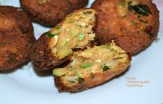 Οι τέλειοι κολοκυθοκεφτέδες της Ρένας - cretangastronomy.gr Meatloaf, Baked Potato, Potatoes, Baking, Ethnic Recipes, Food, Reindeer, Potato, Bakken