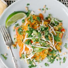 hearty spaghetti squash pad Thai is an easy vegetarian dinner you can make during the week. Garnish with crushed peanuts and bean sprouts, and enjoy! Easy Vegetarian Dinner, Vegetarian Recipes, Healthy Recipes, Vegetarian Spaghetti, Healthy Meals, Cooking Spaghetti, Baked Spaghetti, Asian Recipes, Whole Food Recipes