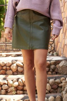 Suede Mini Skirt, Leather Mini Skirts, Leather Skirt, Vegan Leather, Rib Knit, Zip Ups, Model, How To Wear, Silhouette