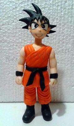 Goku en porcelana fría: Adorno para torta
