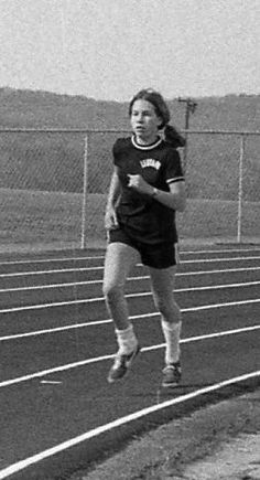 1975 Ledyard Track & Field  - Lee Moffett, part of the outstanding distance crew